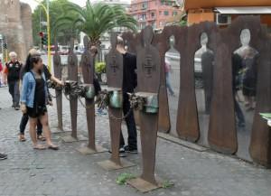 antifasiszta szoborcsoport